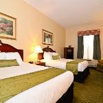 ‪BEST WESTERN Heritage Inn & Suites‬