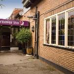Premier Inn Pontefract South