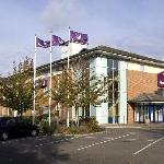 ‪Premier Inn Reading - Caversham Bridge‬