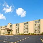 Comfort Inn &amp; Suites Fall River