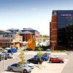 ‪Premier Inn Wolverhampton City Centre - Bluebricks‬