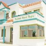 Bayhouse Hostel