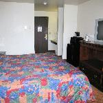 Rodeway Inn & Suites Madison-Northeast Foto