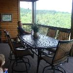 Back Deck Lodge 17, Unit 5