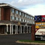 The Comstock Inn & Conference Centerの写真