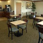 Photo of BEST WESTERN Presidential Hotel & Suites