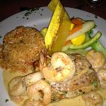  Red snapper with shrimp sauce