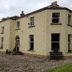 Front of Clone Country House