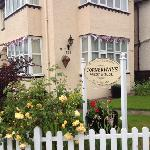 Cornerways Guest House B & B