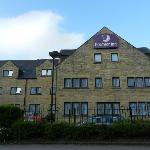 Photo de Premier Inn Huddersfield North