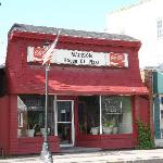Madison House of Pizza, Madison, Maine