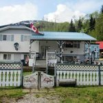 Nisga'a Salmon Lodge (B&B)