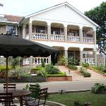 Le Savanna Country Hotel And Lodge