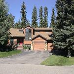 Redwood Meadows Bed & Breakfast