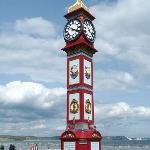 Veiw of the Jubilee clock form out side the cumberland