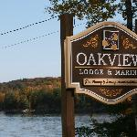 Oakview Lodge &amp; Marina