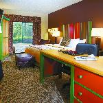 King room with Executive Desk