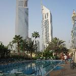 Photo de The Apartments Dubai World Trade Centre