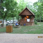 Ozark Outdoors Riverfront Resortの写真