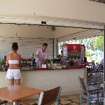 Yiannis at the pool bar !!