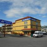 Best Value Inn Executive Suites