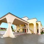Photo of Quality Inn & Suites Redwood Coast