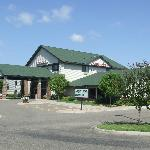 AmericInn Hotel &amp; Suites Mounds View