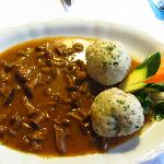Pfifferlinge (mushrooms) with dumplings (E 13,50)