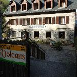  Front view of Hotel les Volcans
