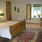 Apple Suite: en-suite bedroom