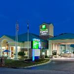Hotel Exterior Holiday Inn Express Greenwood