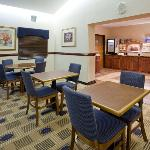 Holiday Inn Express Roseville Breakfast Bar