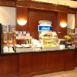 Palm Coast Hotel - Breakfast Bar