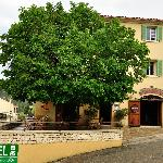Photo de Hotel du Vignoble