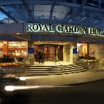 Photo de Royal Garden Hotel