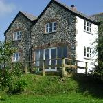 Broadpark Breaks B&B - charming extended 17thC cottage