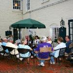 courtyard area: great for a group to gather