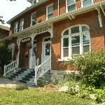 Brock Street B & B