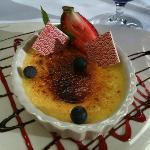 do not miss the Crème brûlée, it's to die for!