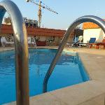Golden Tulip Serenada Hamra - rooftop pool