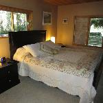 ‪Cozy Cabin Bed and Breakfast‬