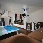 Sharing Room - 6 beds - 10usd/person/nite - Single beds sized - Cable TV - Free Wi FI - Fan - Br