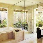Presidential Villa Bathroom