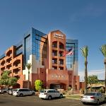 Drury Inn &amp; Suites Phoenix Airport