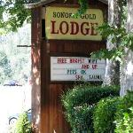 Photo de The Gold Lodge