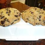  Chocolate chip and AMAZING Oatmeal Raisin cookies.  They are huge!
