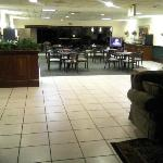 Foto de BEST WESTERN McDonough Inn & Suites