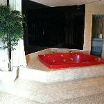  Private Jacuzzi Tub in Bridal Suite
