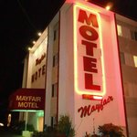 ‪Mayfair Motel‬