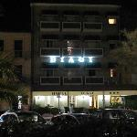 biagi hotel by night
